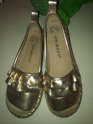 zapatilla cobre