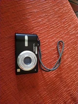 Cámara digital Pansonic DCM FX 12 objetivo Leica