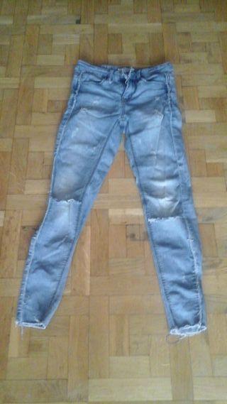 2 pantalones vaqueros por 16€