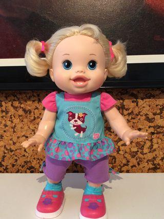 Muñeca Baby alive que camina