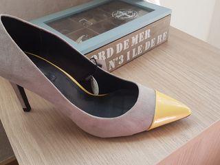 Zapatos de tacón zara talla 39