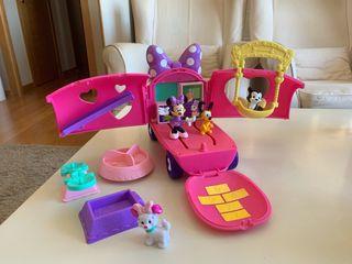 Minnie-Caravana Mascotas Minnie