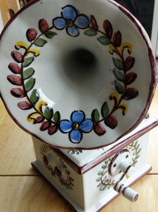 Gramófono de cerámica con caja de música