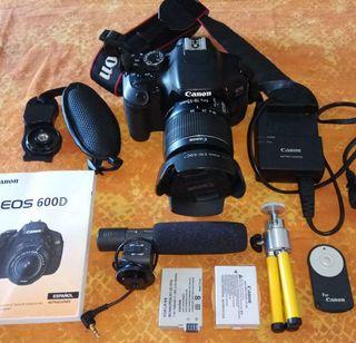 Cámara de fotos Reflex Canon Eos 600D