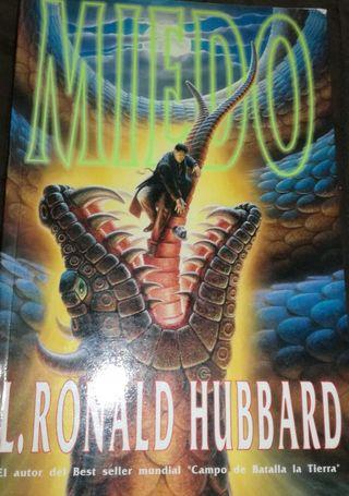 LOTE L. RON HUBBARD NOVELA Y 2 DVD