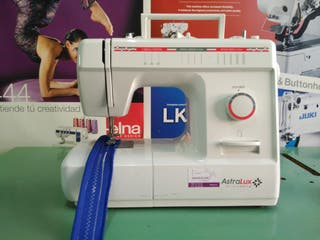 Máquina de coser AstraLux