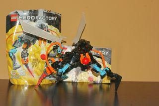 LEGO 6228 THORNRAXX y 6216 JAWBLADE hero factory