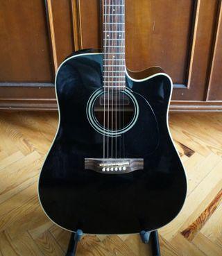 Guitarra electroacústica Takamine EG321C + funda
