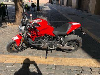 Ducati Monster 821 2018. 9000km