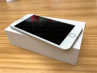 iPhone 7 Plus 32GB Plata SemiNuevo