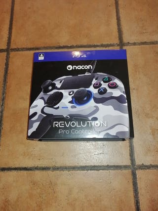Mando Nacon Revolution Pro Controller