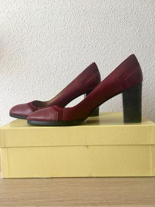 Zapato tacón de Castañer