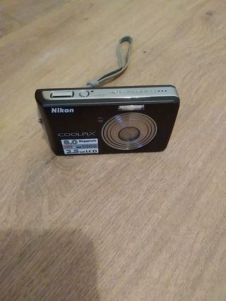 Cámara digital Nikon Coolpix PERFECTO ESTADO