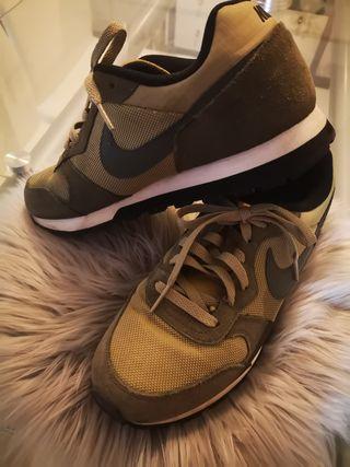 zapatillas nike verdes militar