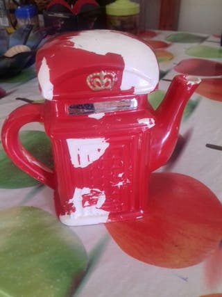 tetera rojo de cafe
