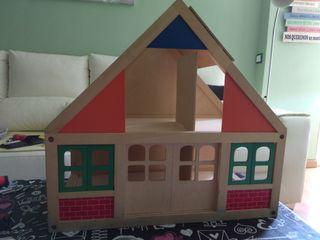 Casa de muñecas madera tipo Bee Boo
