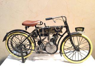 Miniatura Harley Davidson 1906