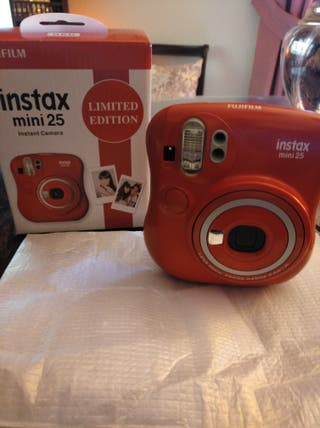 cámara Fujifilm instax mini 25