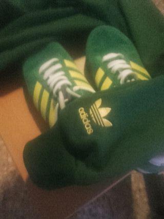 Zapatillas Adidas Neox y Chandal 42