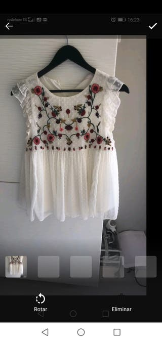 blusa plumeti flores Zara