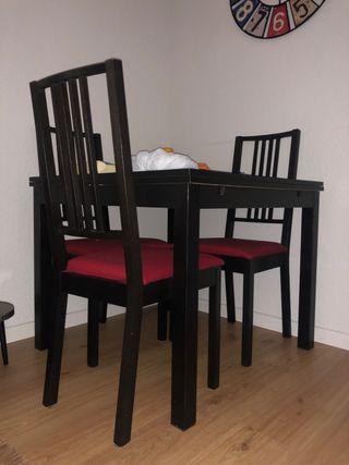 Mesa comedor y 4 sillas Ikea