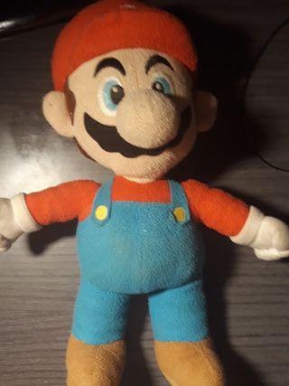 Peluche de Super Mario Bros.