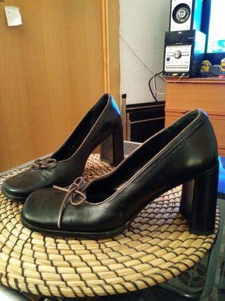 zapatos de tacón IXOS..talla 36