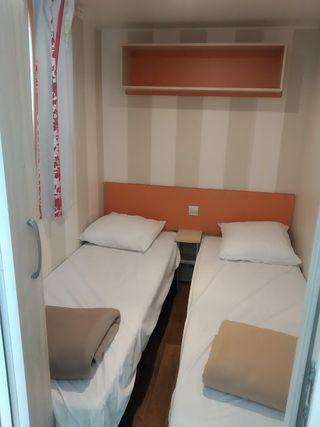 Preciosa y seminueva mobile home 7,4x3 m 2 hab.