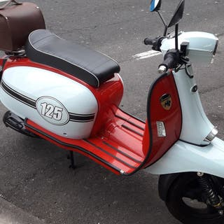 moto 125cc clasica