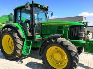 tractor JOHN DEERE 6530.