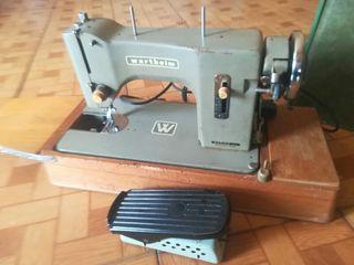 maquina coser Marca Wertheim