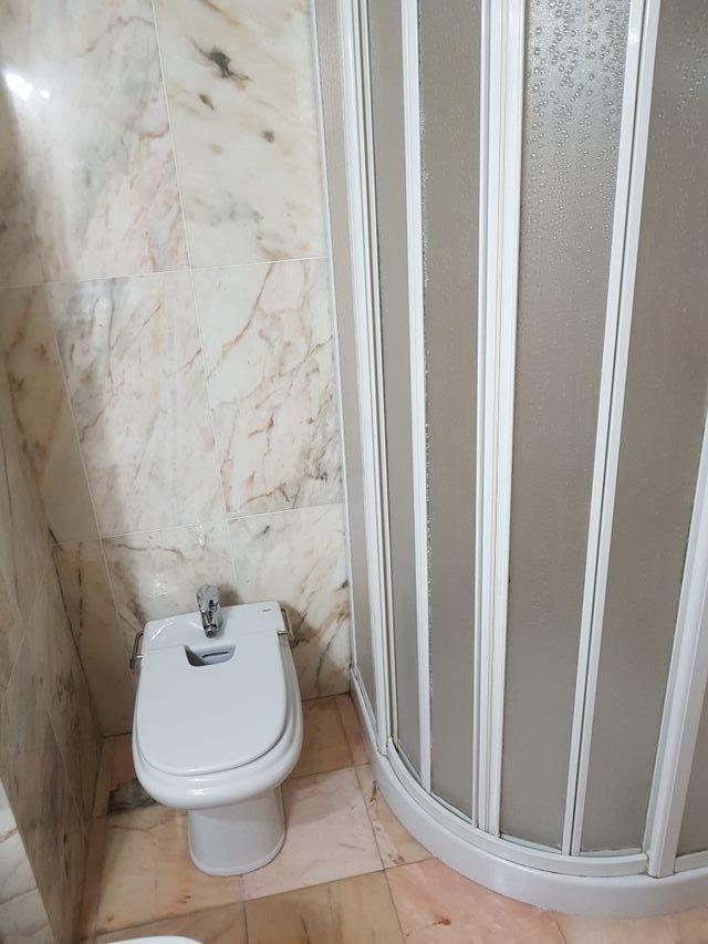 Vedo cuarto de baño completo en Sevilla capital. de segunda ...