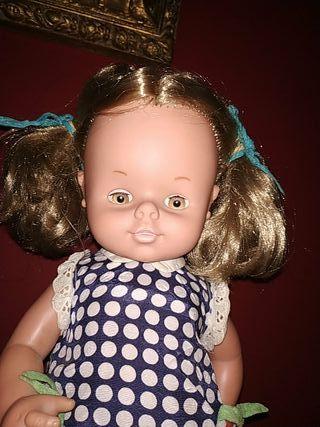 muñeca Dolly de famosa años 70