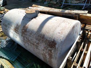 Deposito metálico de 5000 litros