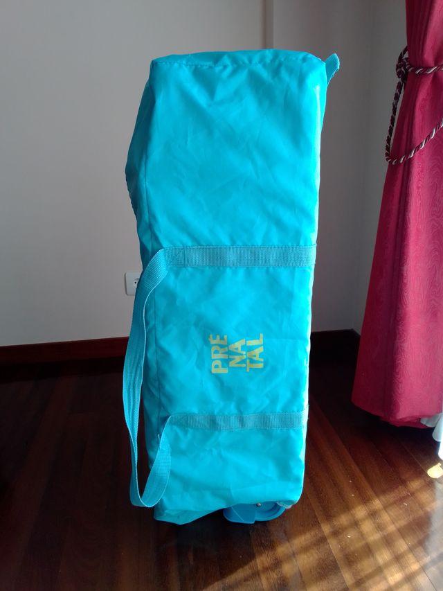 Cuna de viaje marca Prenatal, con 2 alturas