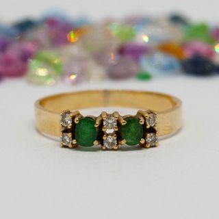 Sortija con diamantes y esmeraldas, oro de 18k