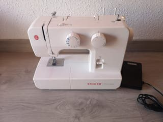Maquina de coser Singer nueva