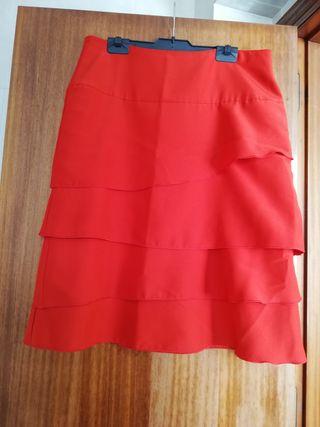 conjunto falda y blusa rojos
