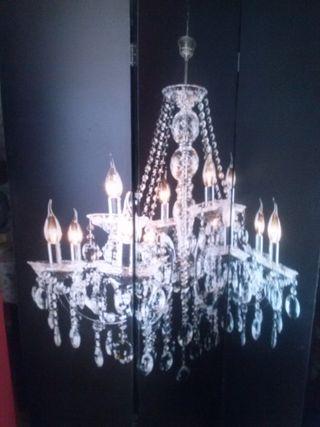 Biombo negro lampara