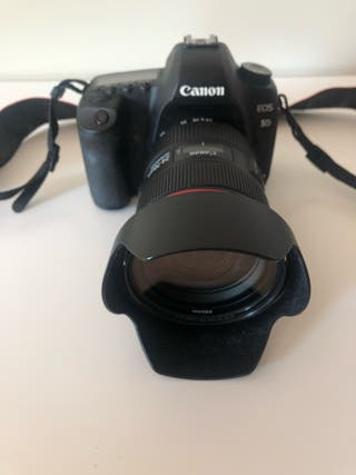 Vendo cámara foto Canon 5D Mark II+Objetivo