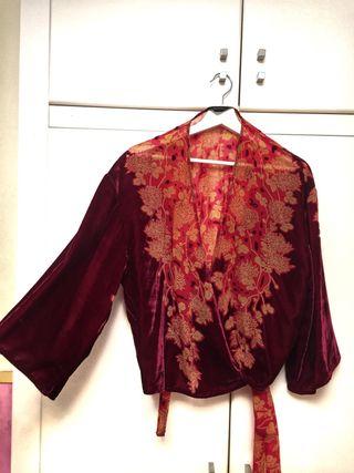 Kimono ZARA de terciopelo