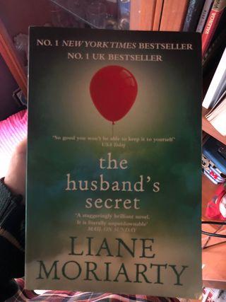 Libro en ingles The husband's secret
