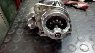 Motor de arranque Nissan Trade