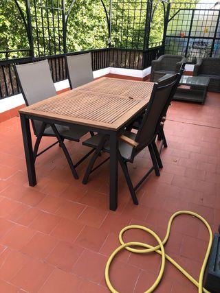 Mesa jardín extensible Rockwell y 4 sillas