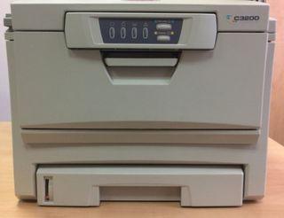 Impresora láser color Oki C3200