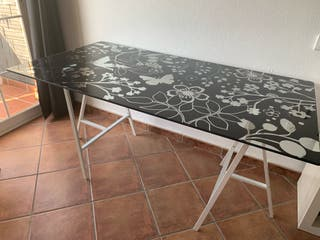 Mesa cristal Ikea
