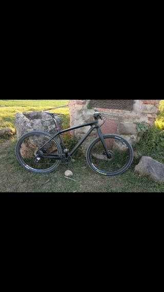 bicicleta mtb con horquilla rigida