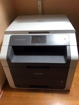 Impresora Láser color Brother DCP-9015CDW