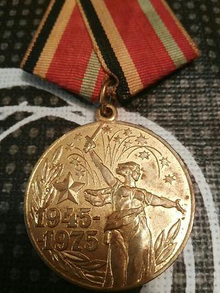 medalla rusa 30 años de la 2 guerra mundial