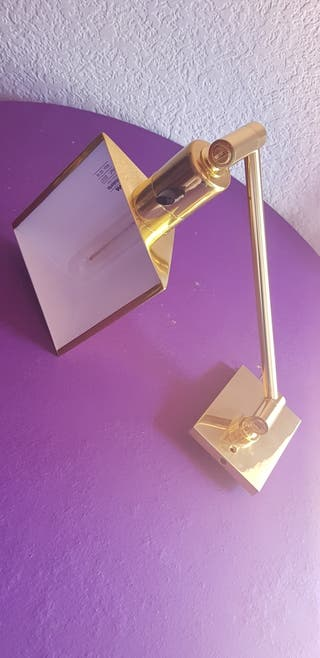 Lampara de mesa halógena articulada. Metalarte. S
